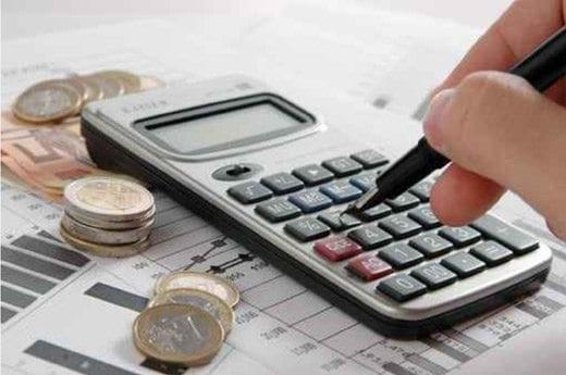 13º salário: quase 90% dos brasileiros pretendem usar o valor para quitar dívidas, aponta pesquisa