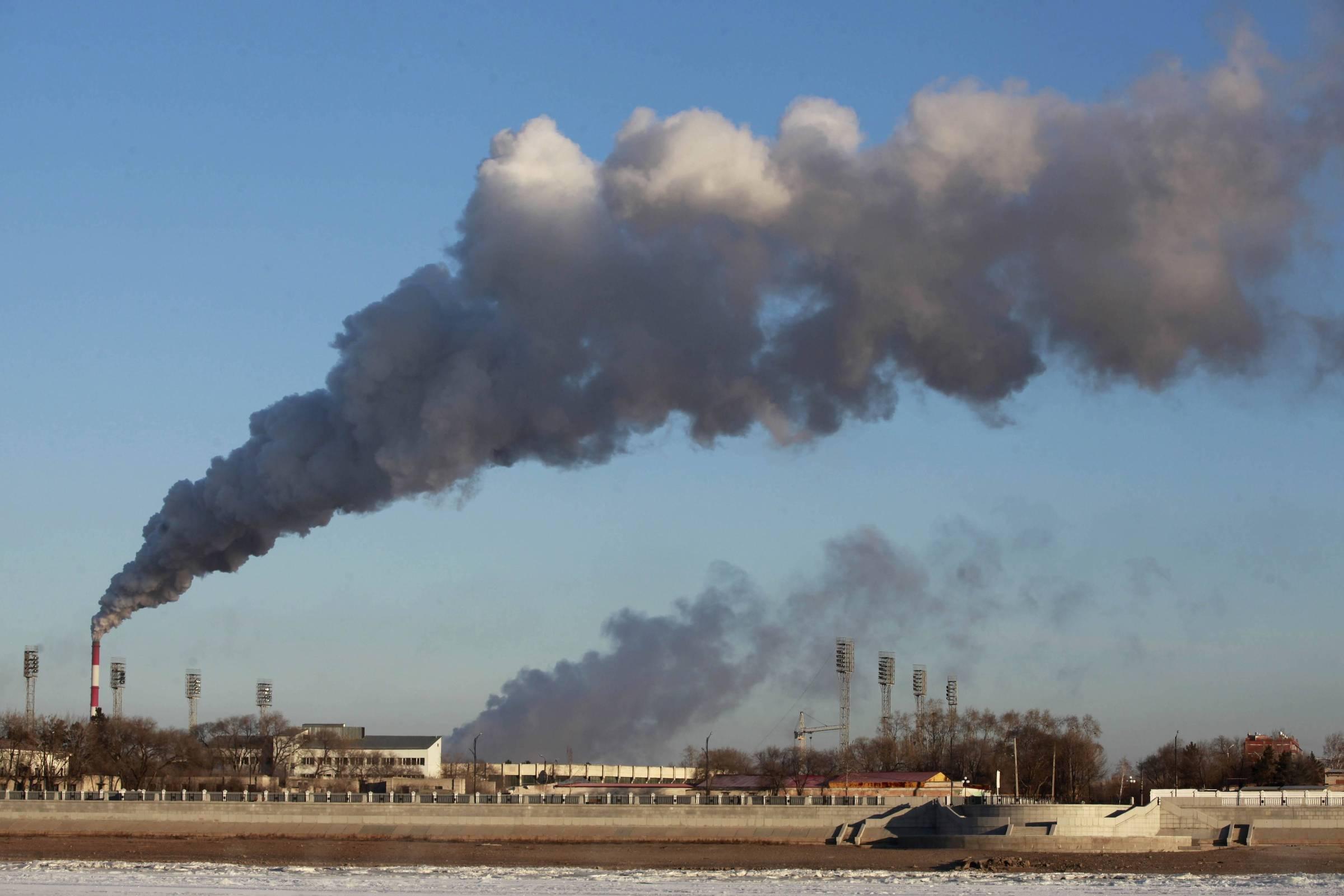 Emissão de gases de efeito estufa na atmosfera atinge novo recorde, diz estudo