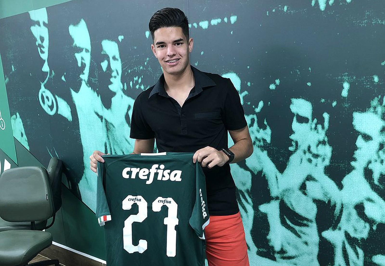 Considerado uma promessa no Paraguai, meia surdo é contratado pelo Palmeiras para reforçar a base