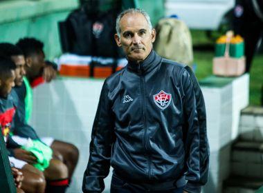 Amadeu exalta o sistema defensivo de sua equipe e o poder de reação