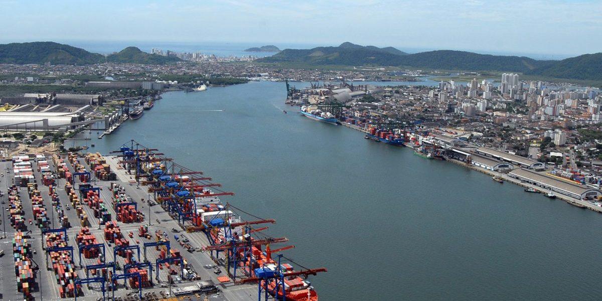 Governo federal arrecada cerca de R$ 148,5 milhões com leilão de três áreas portuárias