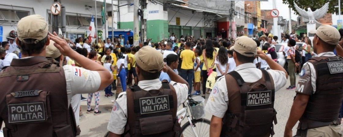PMs adiam greve e marcam nova negociação para outubro