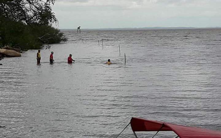 Salvador: adolescente é encontrado morto após se afogar em praia de Itapuã