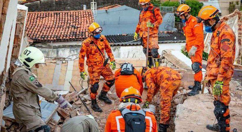 Corpo de oitava vítima de desabamento em Fortaleza é localizado