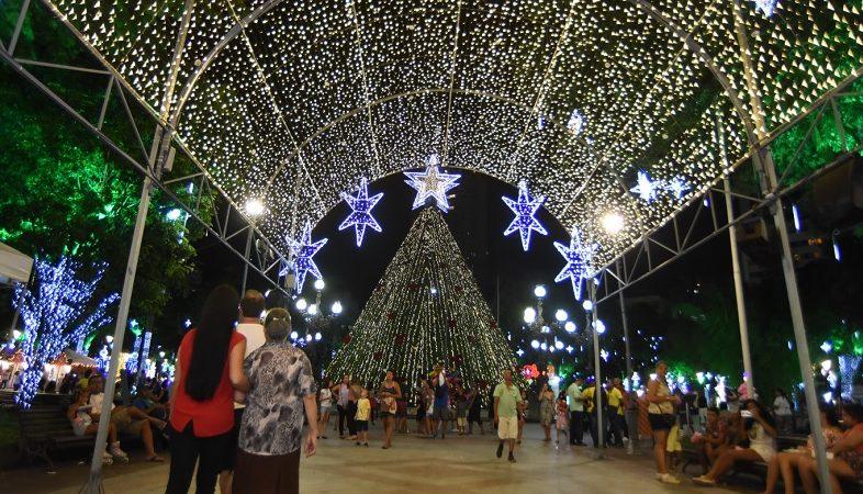 Decoração natalina de Salvador será entregue nesta segunda-feira (18)
