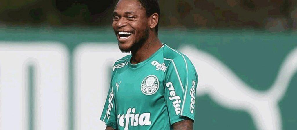 Poupado no clássico, Luiz Adriano pode srr titular contra o Bahia