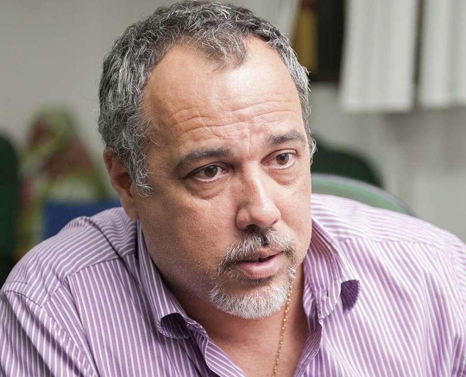 Ex-prefeito de Lauro de Freitas é multado pelo TCM - Bahia No Ar!