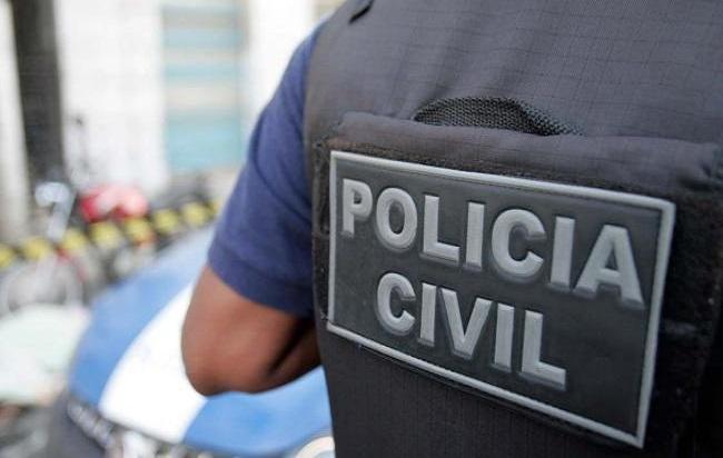 Corpo de homem é encontrado na madrugada de domingo (12), em Simões Filho