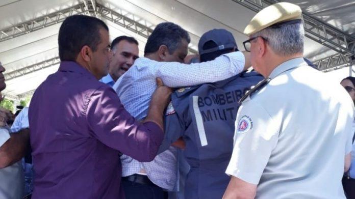Vídeo: assista ao momento em que Rui Costa passa mal em Jequié
