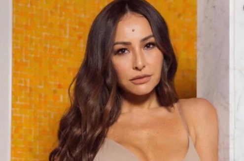 'Made in Japan': reality comandado por Sabrina Sato reunirá ex-namorado campeão do 'BBB3' e mãe de Ludmilla