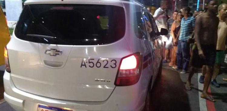 Taxista é morto a tiros em Salvador; casal é preso suspeito de cometer crime