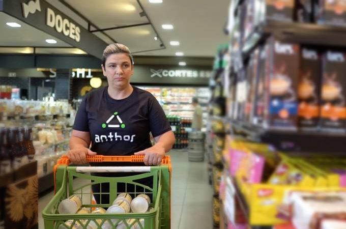 Startup de Curitiba cria app para reposição de prateleiras de supermercado