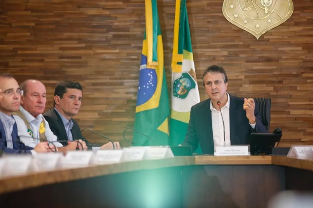 Moro afirma que 'não há uma situação de absoluta desordem nas ruas' do Ceará