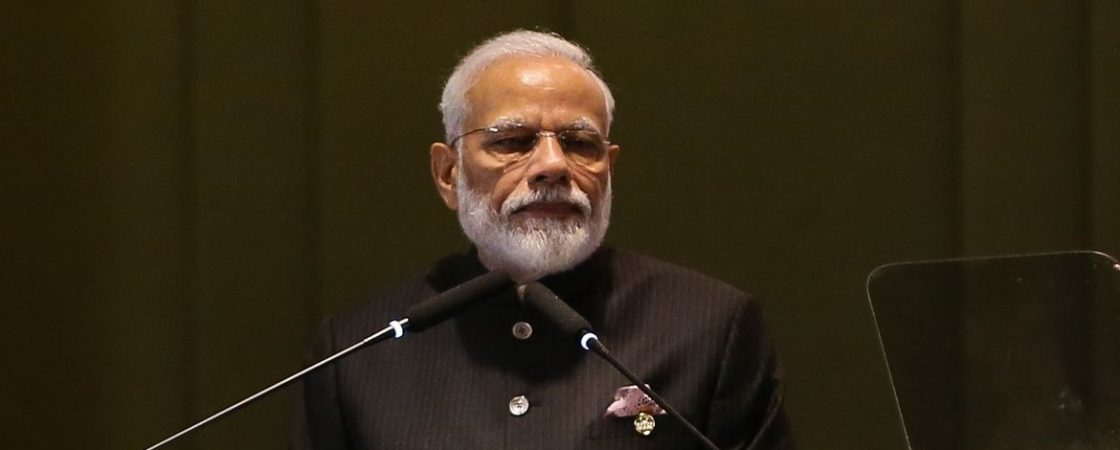 Índia anuncia maior isolamento social: mais de 1 bilhão de pessoas