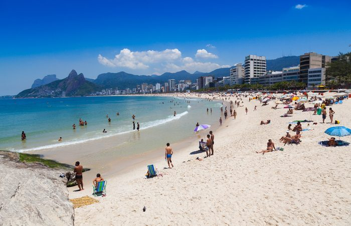 Coronavírus: governador do Rio poderá interditar praias para evitar aglomerações
