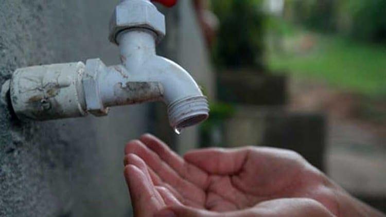 Embasa suspende fornecimento de água em localidades de Salvador