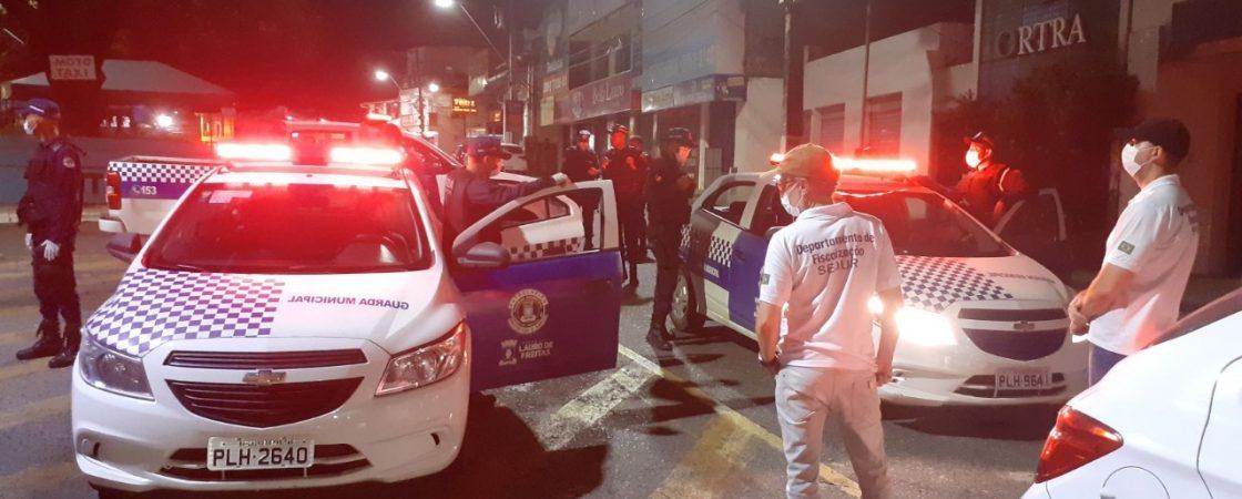 Cinco estabelecimentos são interditados em Lauro de Freitas por descumprirem decreto