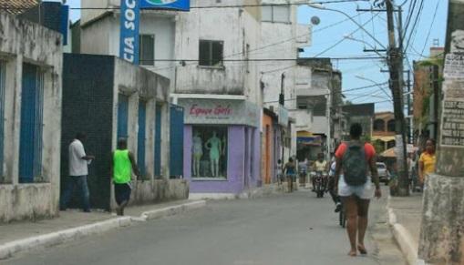 Testes rápidos detectam 34 casos da Covid-19 no bairro de Periperi, em Salvador