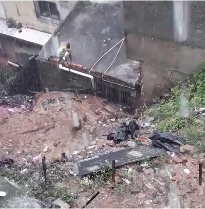 Vídeo: temendo desabamento, moradores de encosta no Alto de Ondina pedem socorro