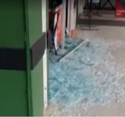 Tentativa de assalto a carro-forte em cidade baiana resulta em troca de tiros com seguranças