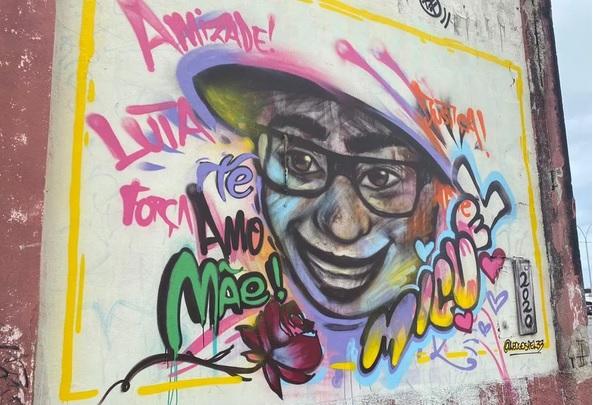 Grafite homenageia Miguel, menino que caiu de prédio quando estava sob a guarda da patroa da mãe