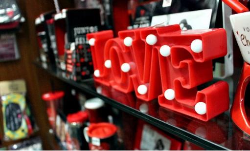 Pandemia: Fecomércio projeta perda de 450 milhões nas vendas do 'Dia dos Namorados'