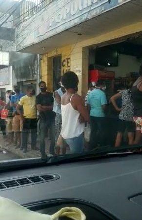 Candeias: ruas e estabelecimentos ficam lotados após fim do lockdown