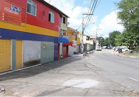'Atitude que devemos adotar', diz prefeitura sobre 1° dia de medidas restritivas no CIA 1, em Simões Filho